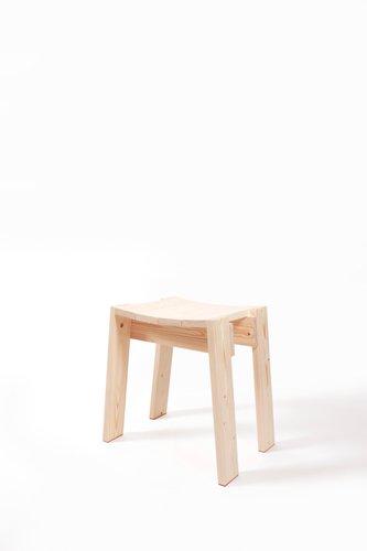 Viirus stool von jonas lutz bei pamono kaufen for Lutz tische