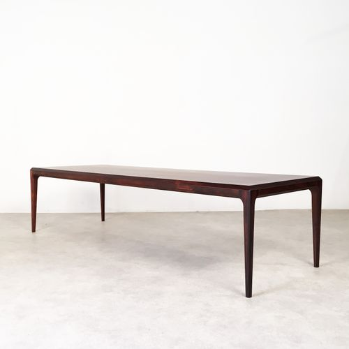 Mid Century Rosewood Coffee Table By Johannes Andersen For