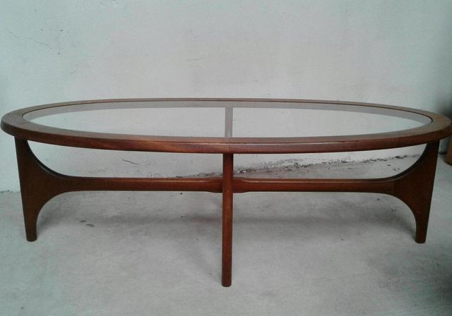 ovaler vintage teak couchtisch von stateroom f r stonehill 1960er bei pamono kaufen. Black Bedroom Furniture Sets. Home Design Ideas