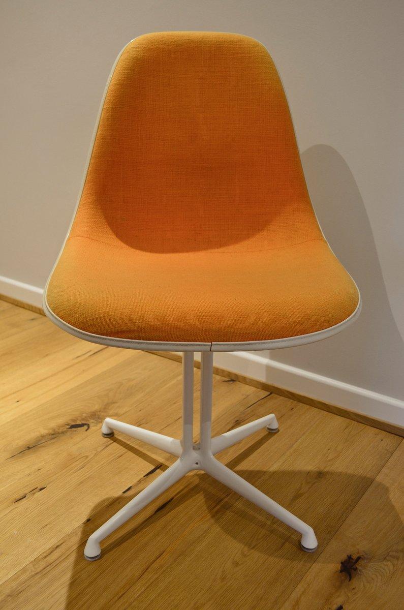 la fonda stuhl von charles und ray eames f r herman miller vitra bei pamono kaufen. Black Bedroom Furniture Sets. Home Design Ideas