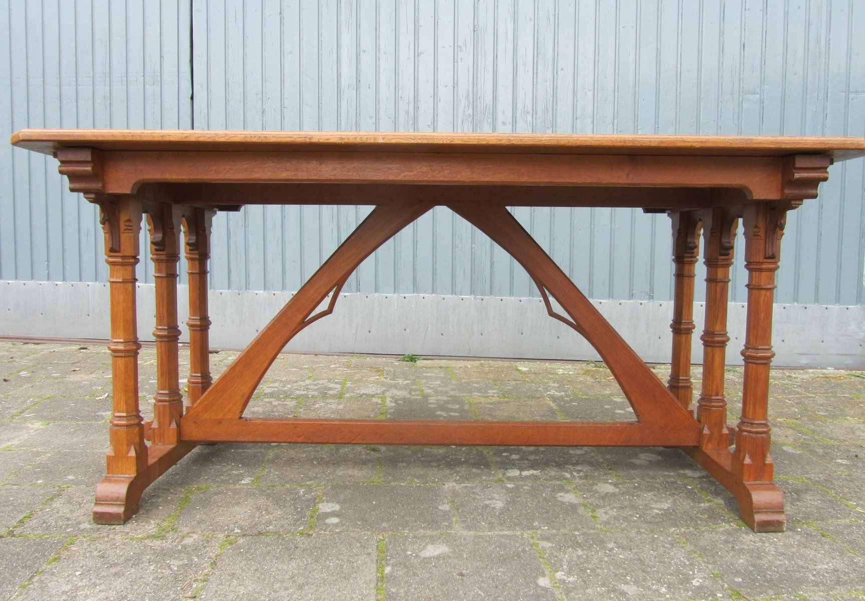 Arts & Crafts Gothic Revival Oak Desk 1900s for sale at Pamono