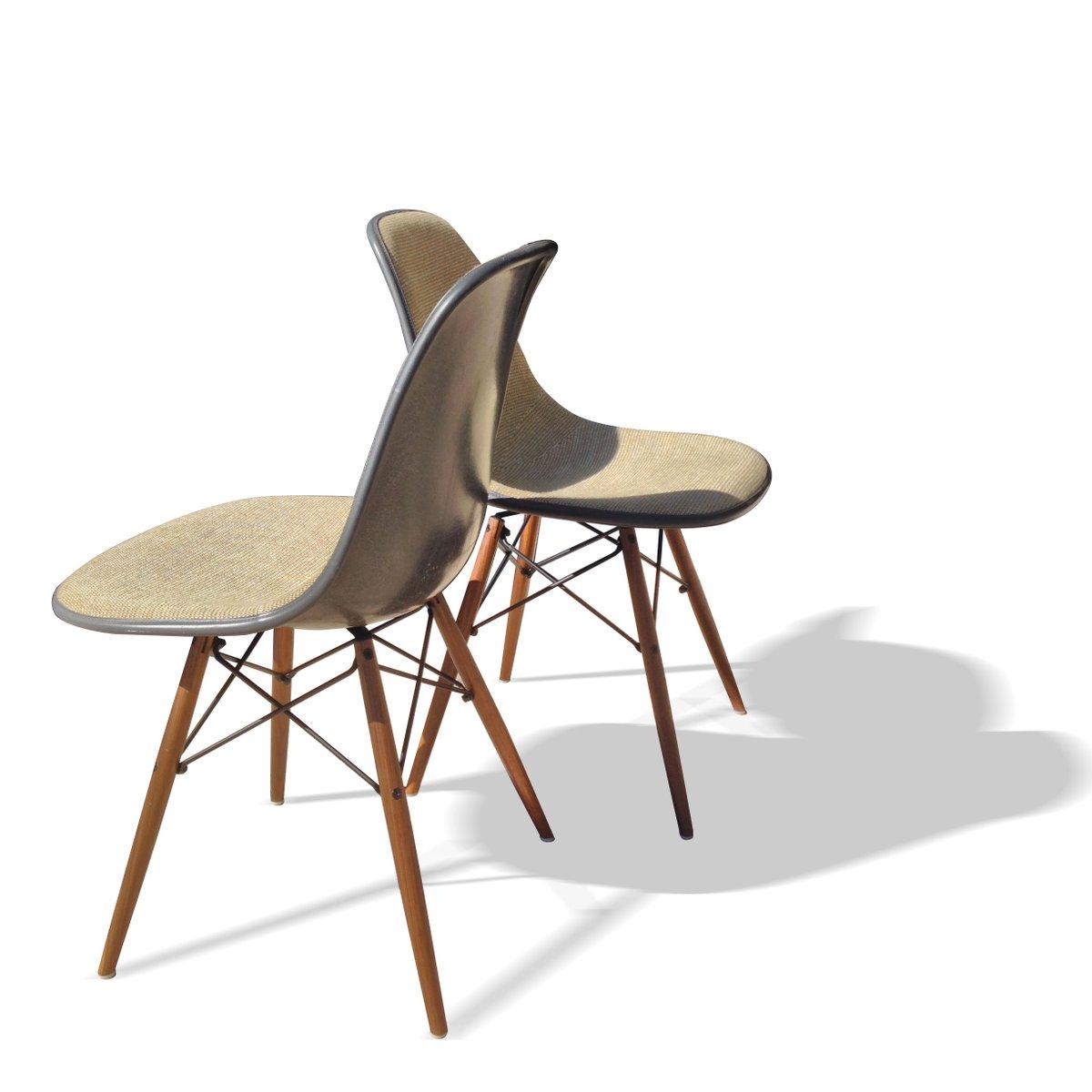 graue dsw st hle von charles und ray eames f r herman. Black Bedroom Furniture Sets. Home Design Ideas