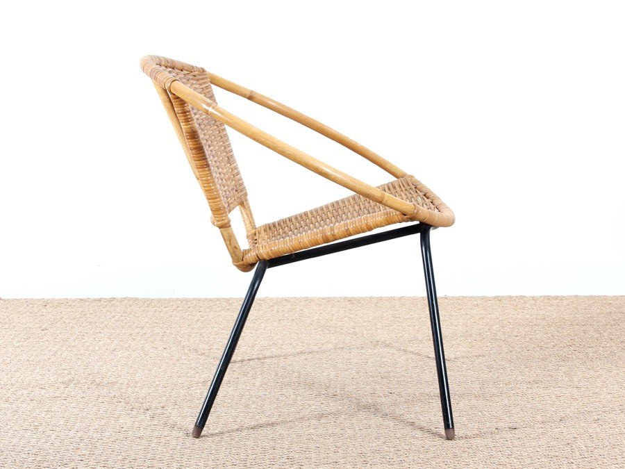 runder skandinavischer rattan armlehnstuhl 1950er bei pamono kaufen. Black Bedroom Furniture Sets. Home Design Ideas