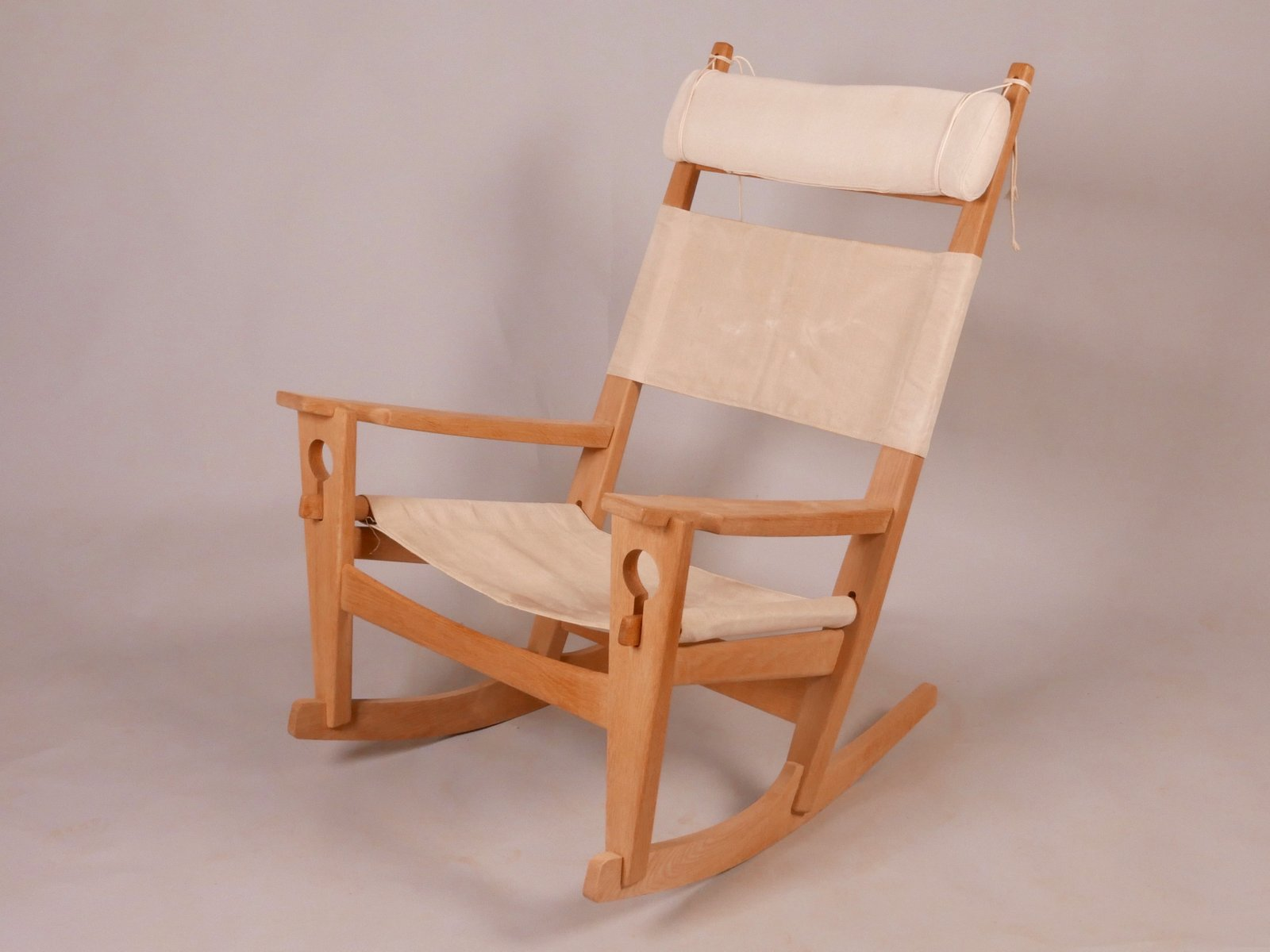 ge 673 rocking chair by hans j wegner for sale at pamono. Black Bedroom Furniture Sets. Home Design Ideas