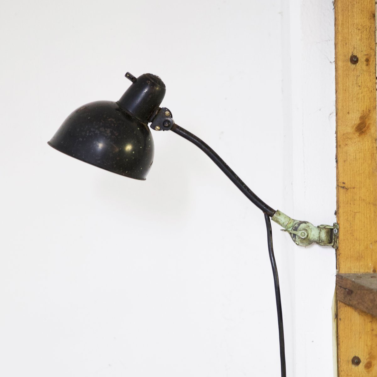 modell 6568 wandlampe von kaiser idell 1930 bei pamono kaufen. Black Bedroom Furniture Sets. Home Design Ideas