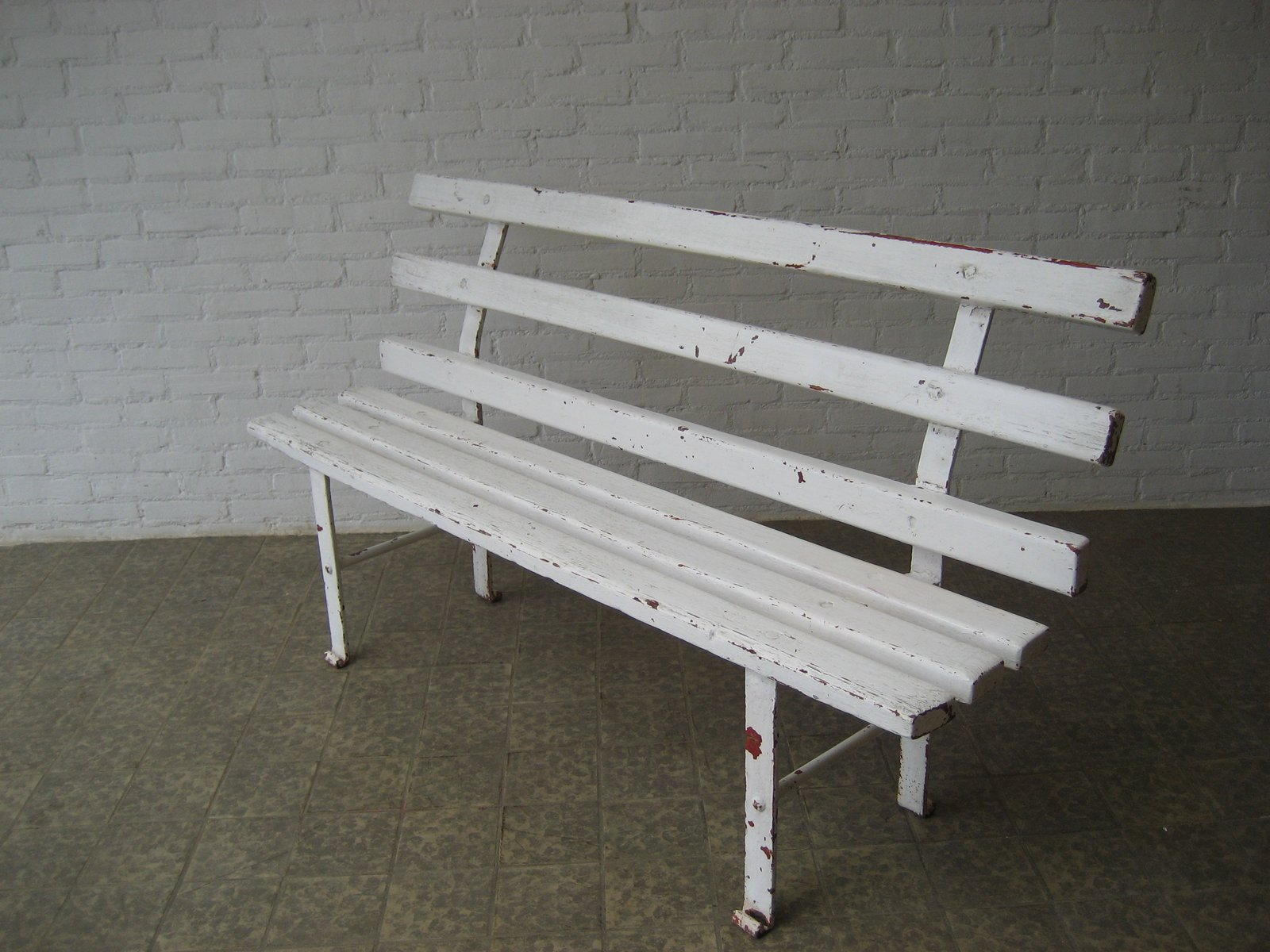 fr steel block white bench small frovi vi