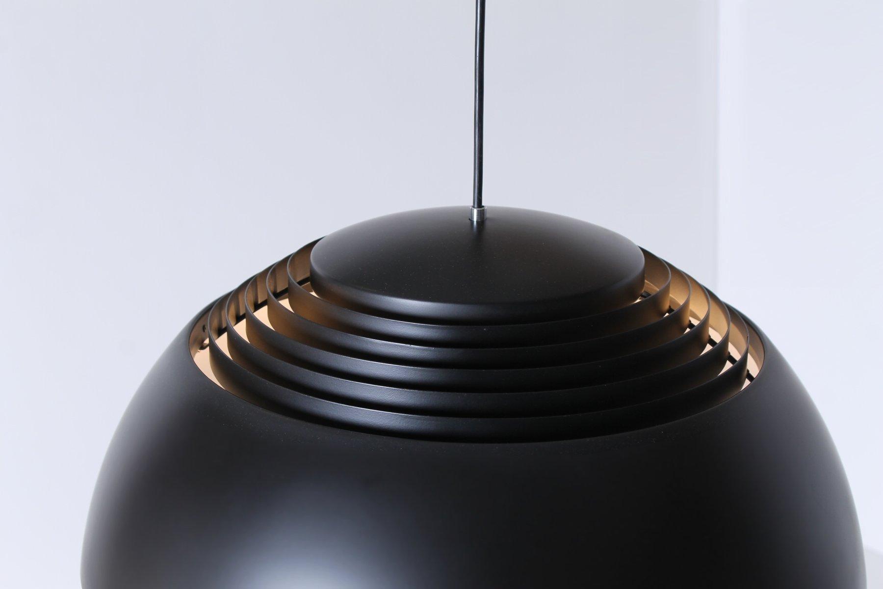 Lampe à Suspension Royal Noire par Arne Jacobsen pour Louis Poulsen ...