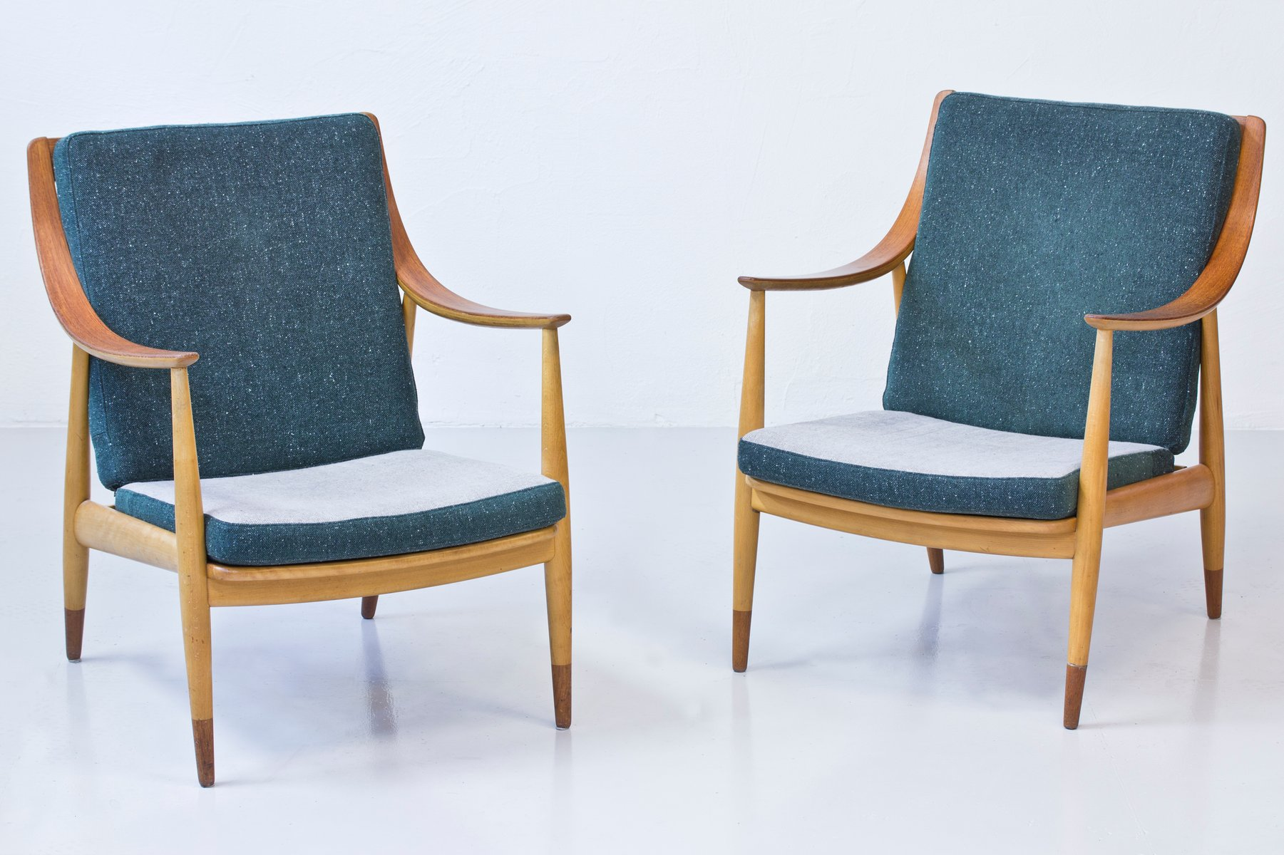 Danish Beech And Teak Easy Chairs By Hvidt U0026 Mølgaard For France U0026  Daverkosen, 1950s, Set Of 2 For Sale At Pamono