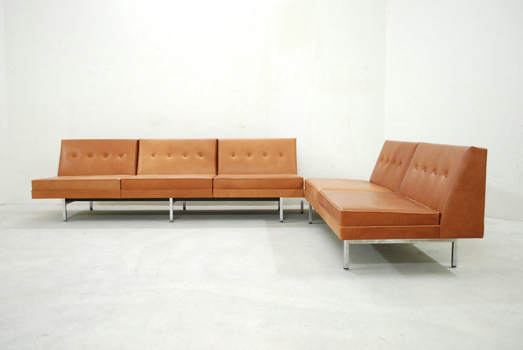 set de canap s modulables en cuir cognac par george nelson. Black Bedroom Furniture Sets. Home Design Ideas