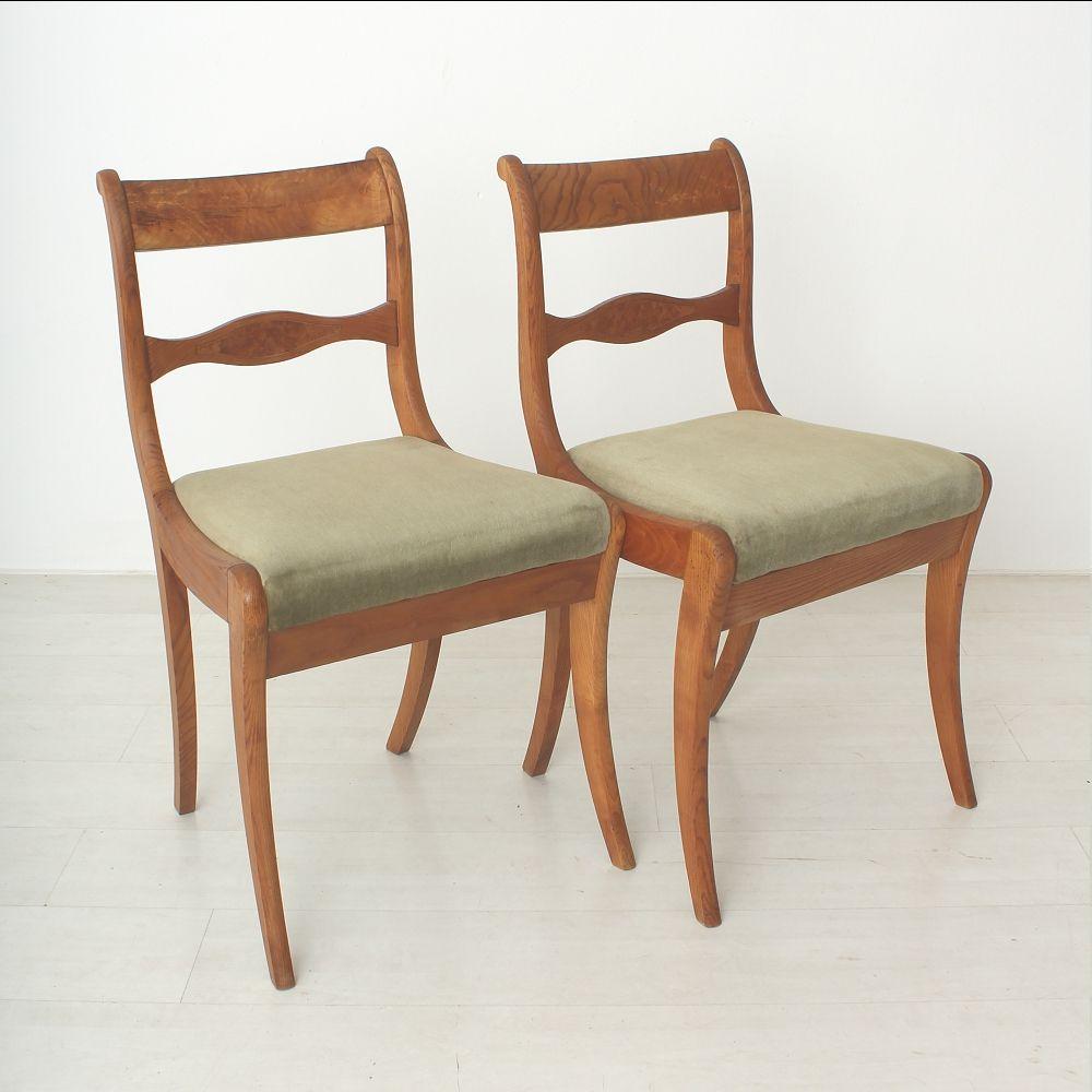 st hle aus eschenholz mit gr nen bez gen 2er set bei. Black Bedroom Furniture Sets. Home Design Ideas