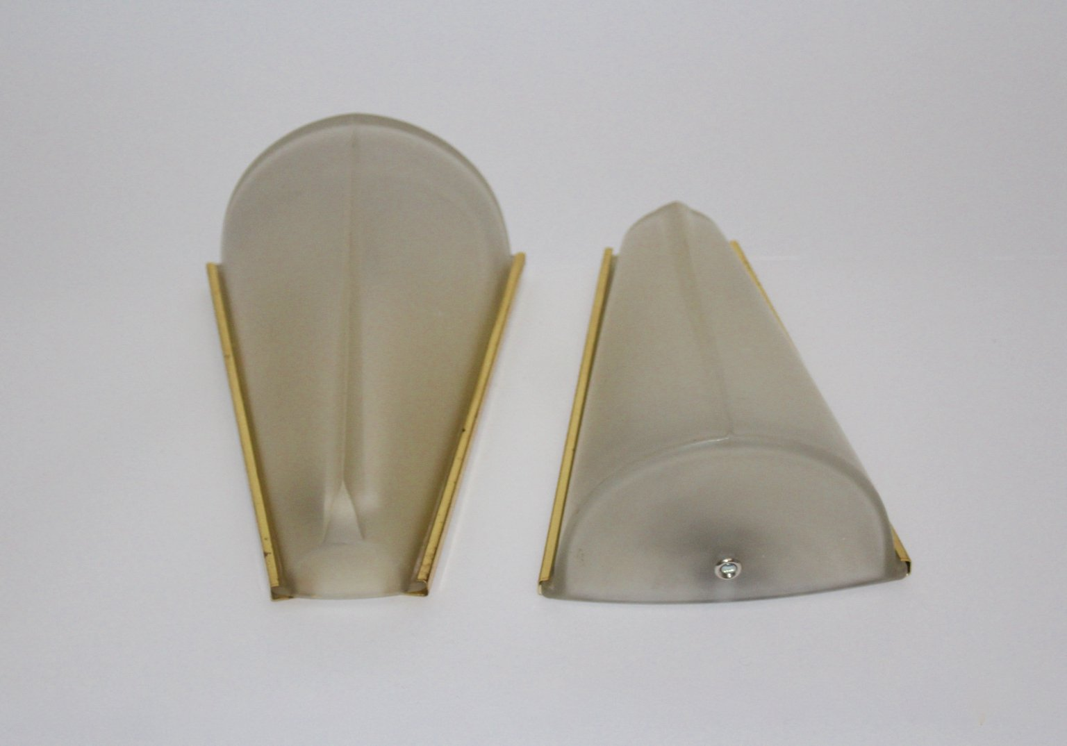 wandleuchten aus ge tztem glas von hustadt leuchten 1960er 2er set bei pamono kaufen. Black Bedroom Furniture Sets. Home Design Ideas