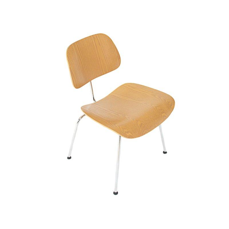 dcm st hle von charles ray eames f r vitra 2er set bei. Black Bedroom Furniture Sets. Home Design Ideas