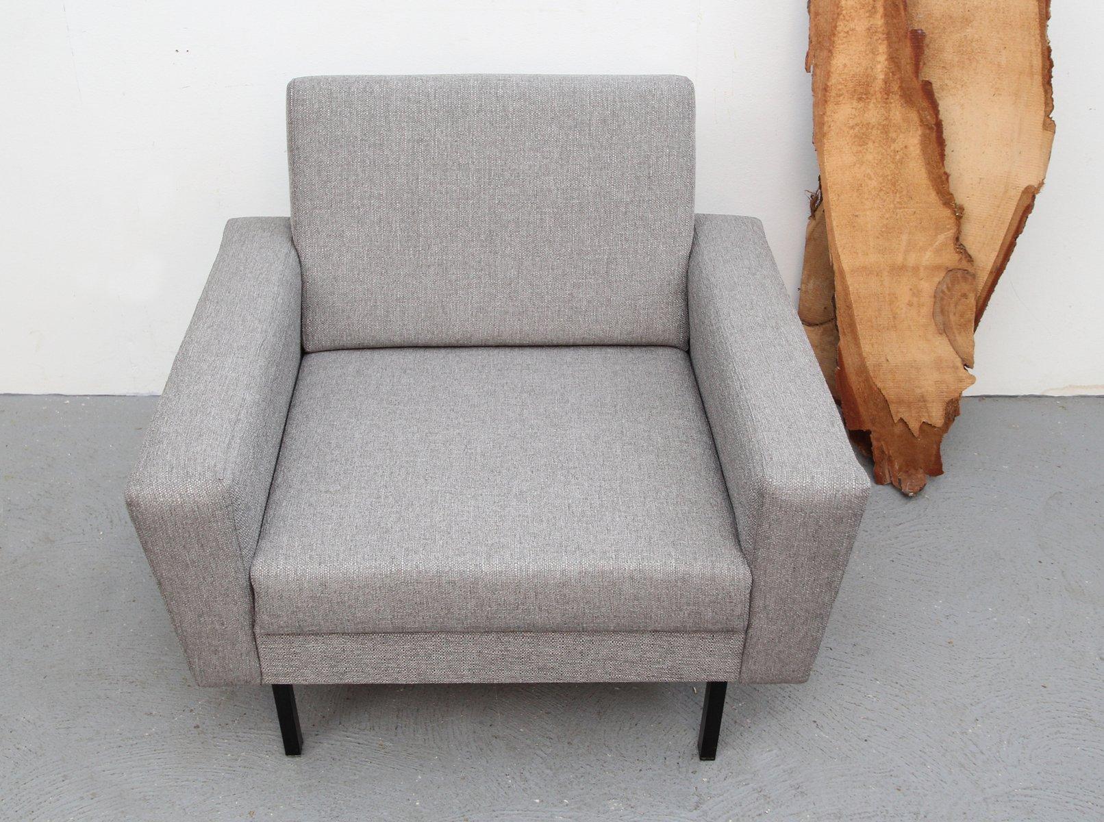 grauer w rfelf rmiger sessel bei pamono kaufen. Black Bedroom Furniture Sets. Home Design Ideas