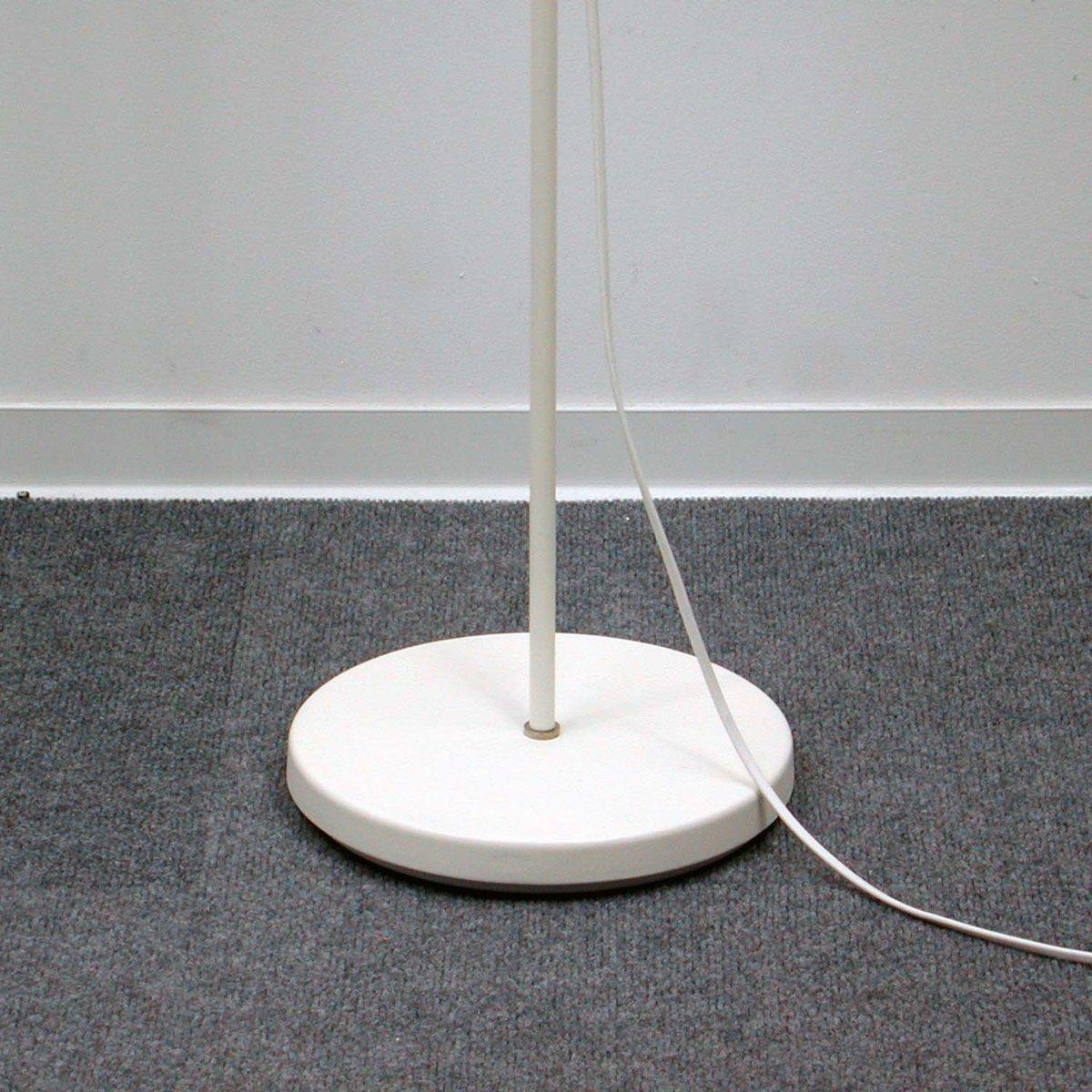 italienische wei e verstellbare mid century stehlampe. Black Bedroom Furniture Sets. Home Design Ideas
