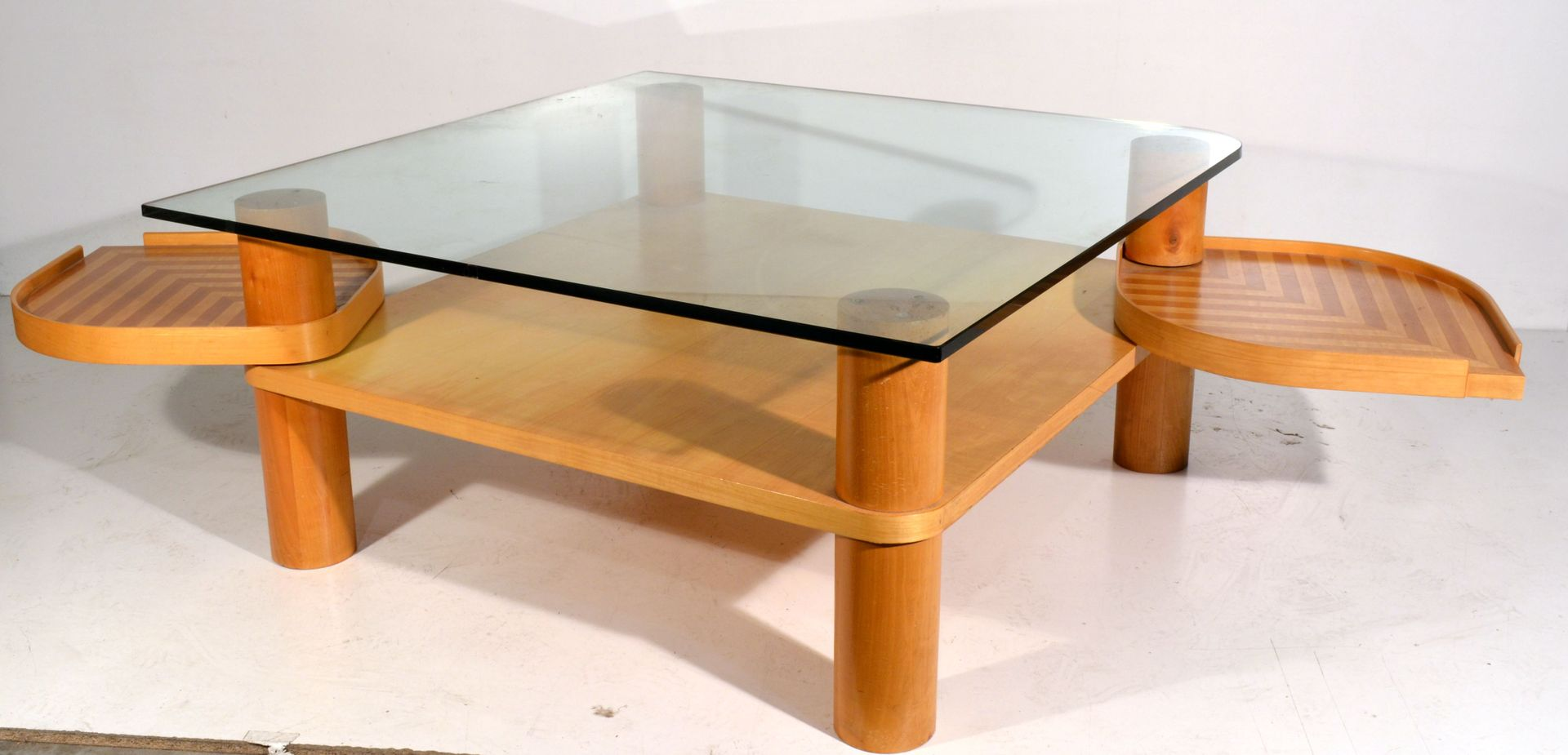 italienischer couchtisch aus ahornholz glas bei pamono. Black Bedroom Furniture Sets. Home Design Ideas
