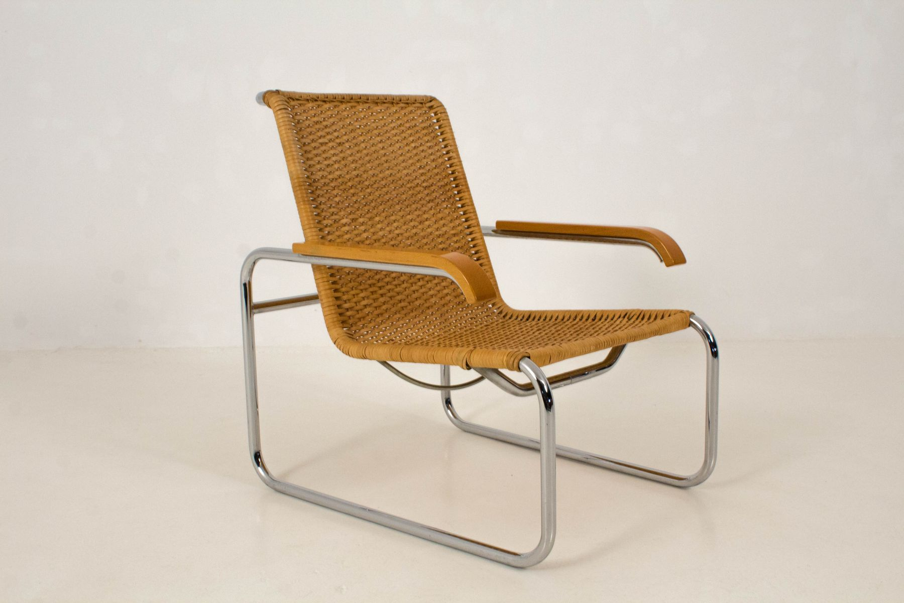 b 35 lounge chair by marcel breuer for thonet 1970s en vente sur pamono. Black Bedroom Furniture Sets. Home Design Ideas