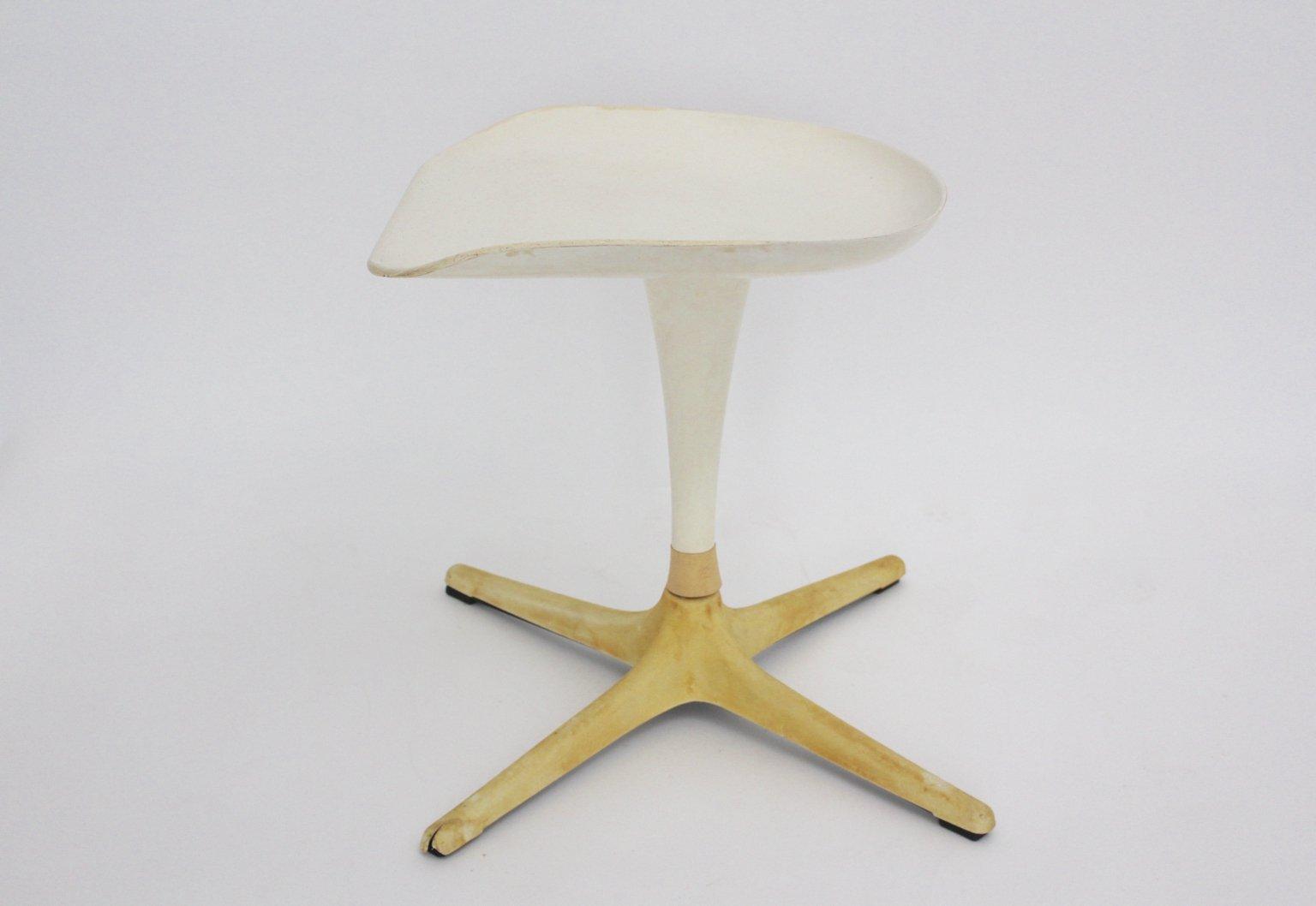 wei er hocker von luigi colani f r lusch 1970er bei. Black Bedroom Furniture Sets. Home Design Ideas