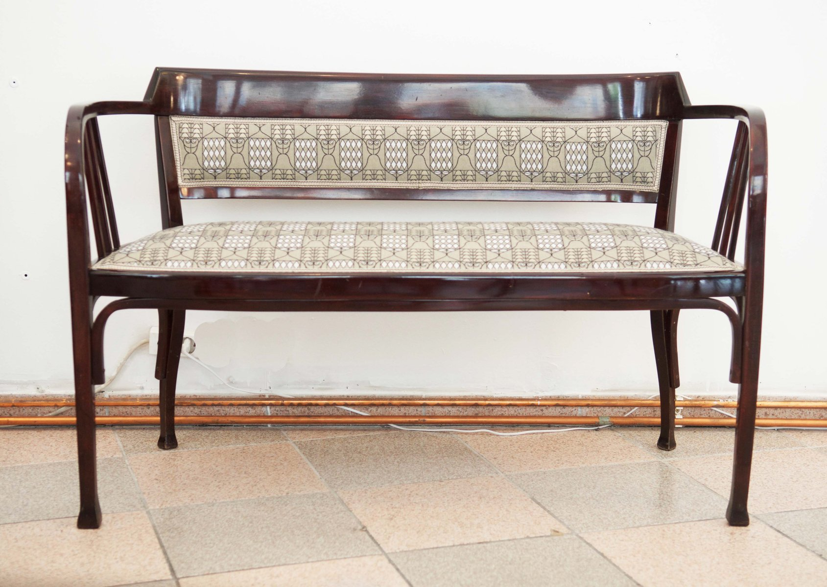 Antique Vienna Secession Bent Beech Bench from Thonet for sale at ...