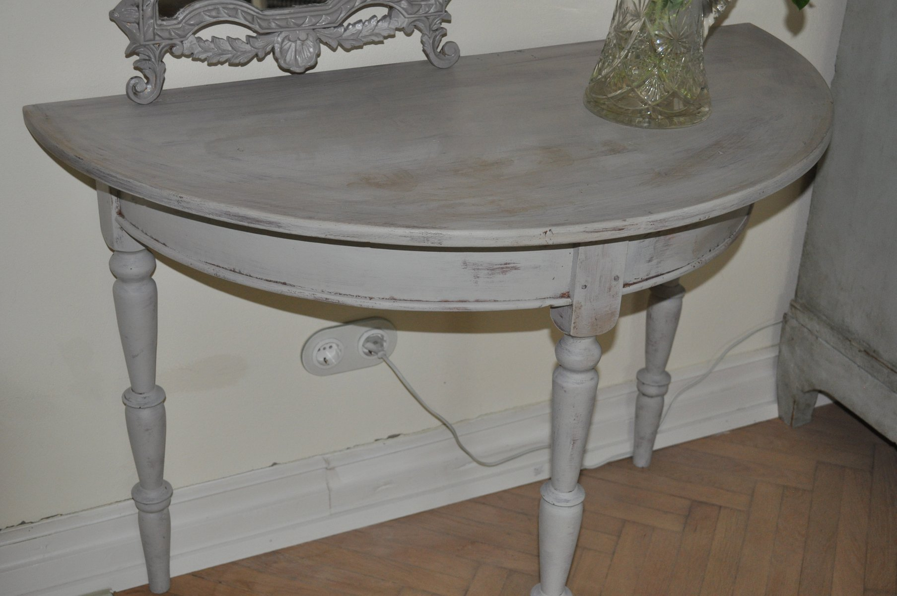 Vintage swedish demi lune console for sale at pamono for Baignoire demi lune