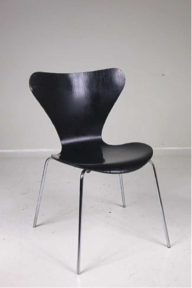 serie 7 st hle von arne jacobsen f r fritz hansen 1979. Black Bedroom Furniture Sets. Home Design Ideas