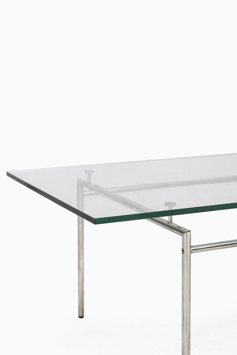 d nischer minimalistischer chrom couchtisch mit glasplatte von poul n rreklit f r selectform. Black Bedroom Furniture Sets. Home Design Ideas