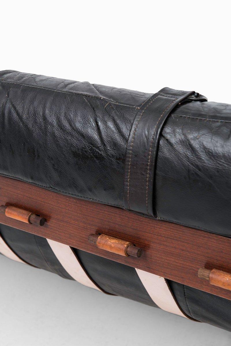 schwarzes ledersofa von percival lafer f r lafer mp 1950er bei pamono kaufen. Black Bedroom Furniture Sets. Home Design Ideas
