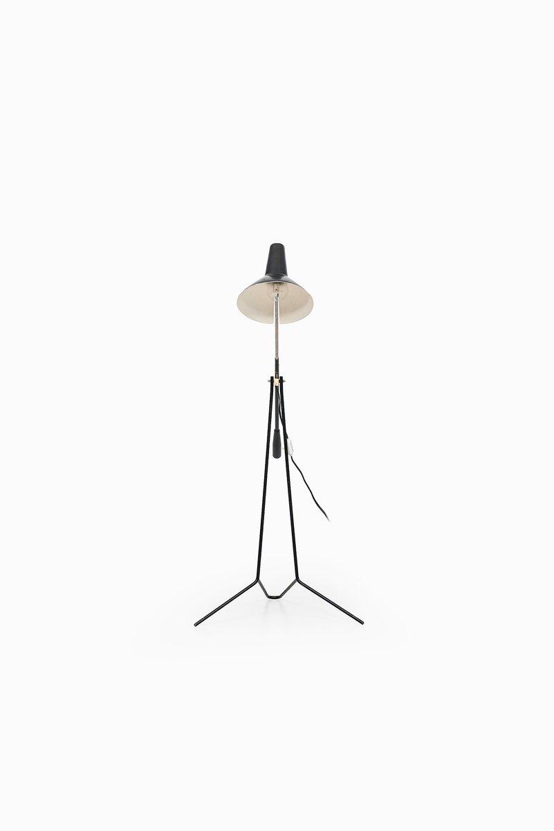 stehlampe aus schwarzem metall von asea 1950er bei pamono kaufen. Black Bedroom Furniture Sets. Home Design Ideas
