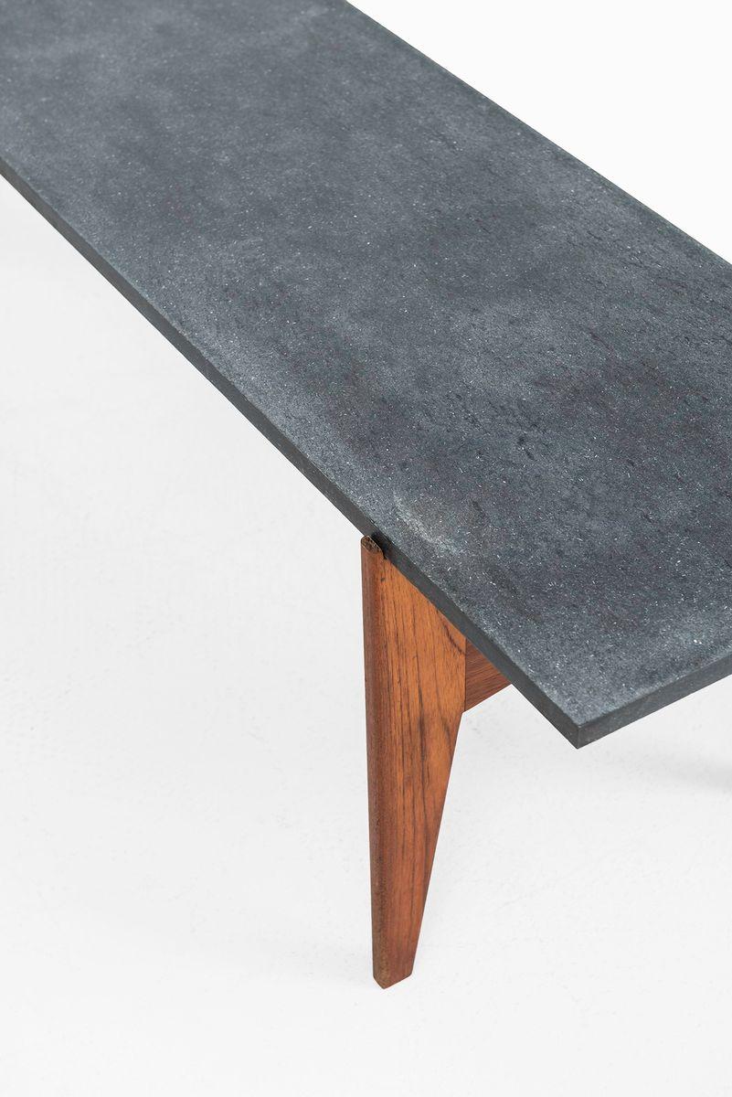 couchtisch aus teak schwarzem granit von hans agne jakobsson bei pamono kaufen. Black Bedroom Furniture Sets. Home Design Ideas
