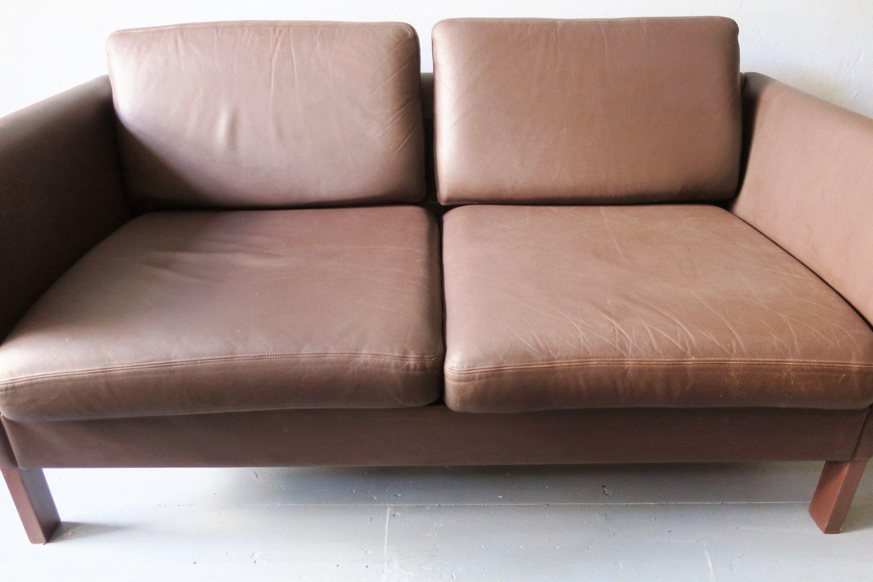 d nisches 2 sitzer sofa aus leder 1970er bei pamono kaufen. Black Bedroom Furniture Sets. Home Design Ideas
