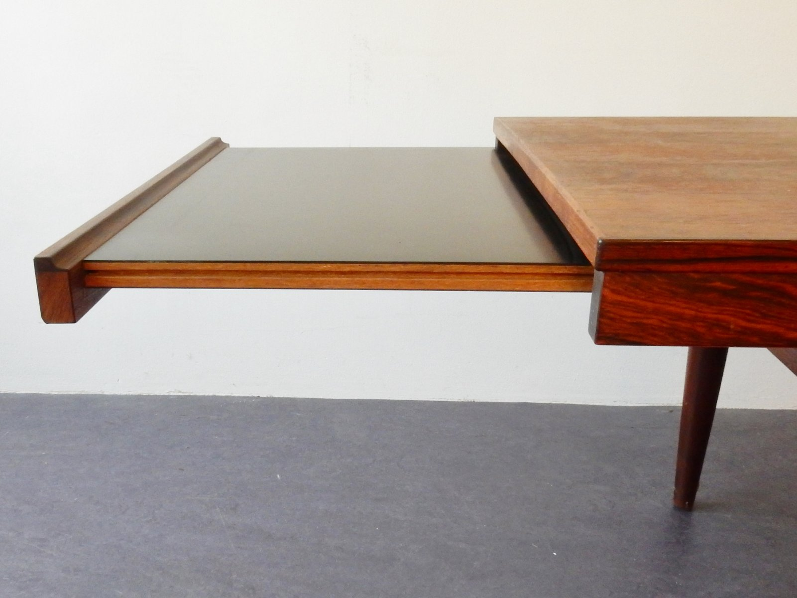 Extendable Danish Rosewood Coffee Table for sale at Pamono