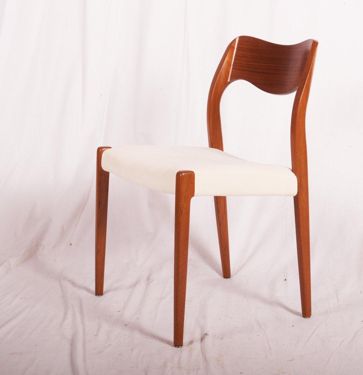 model 71 teak dining chairs by niels otto m ller for j l. Black Bedroom Furniture Sets. Home Design Ideas