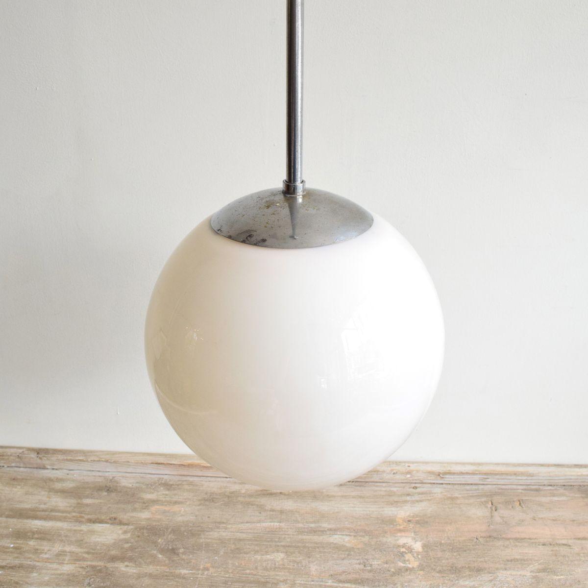 vintage opalglas chrom h ngelampe bei pamono kaufen. Black Bedroom Furniture Sets. Home Design Ideas