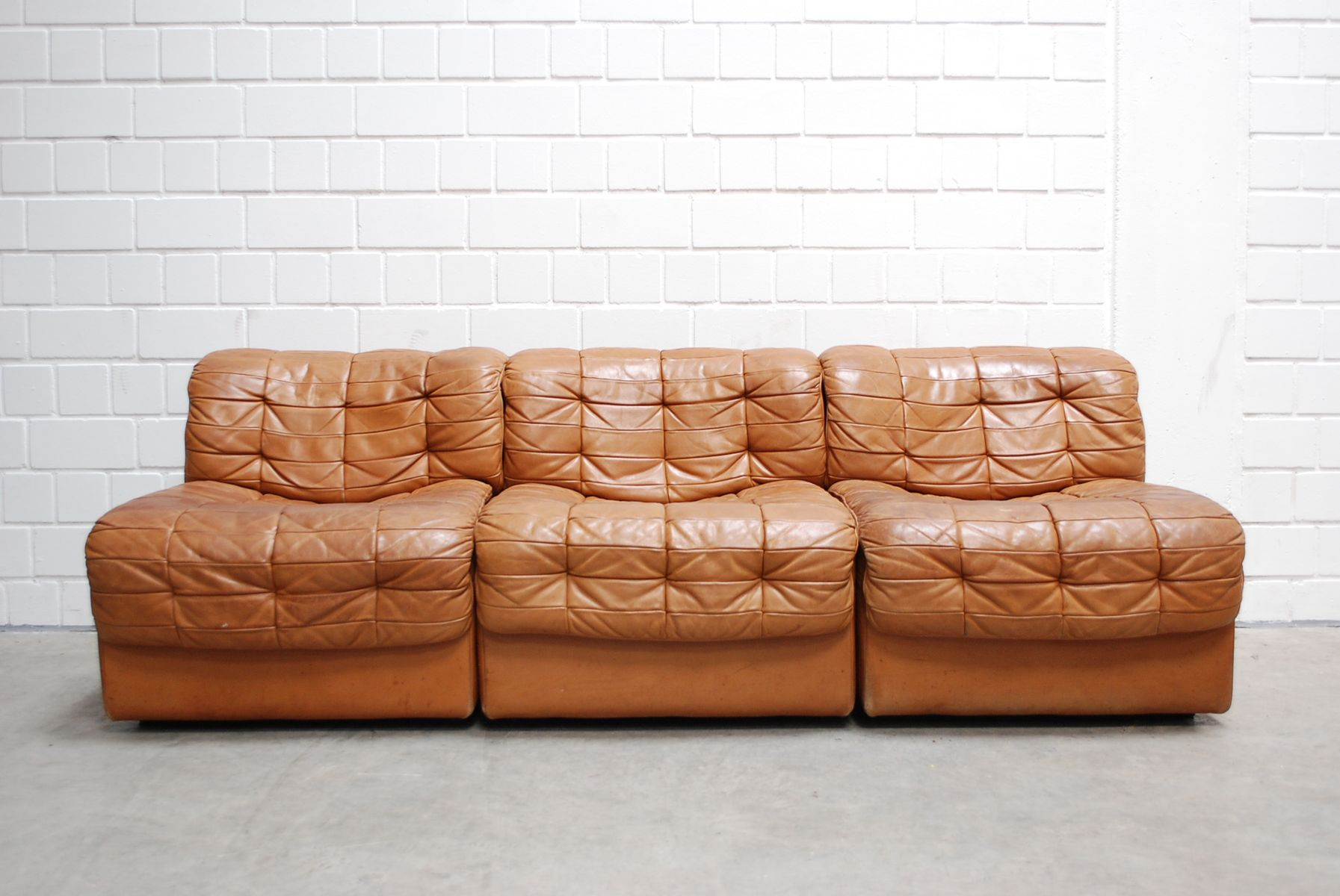 Swiss modular ds 11 cognac leather sofa from de sede 1985 for Sofa gebraucht