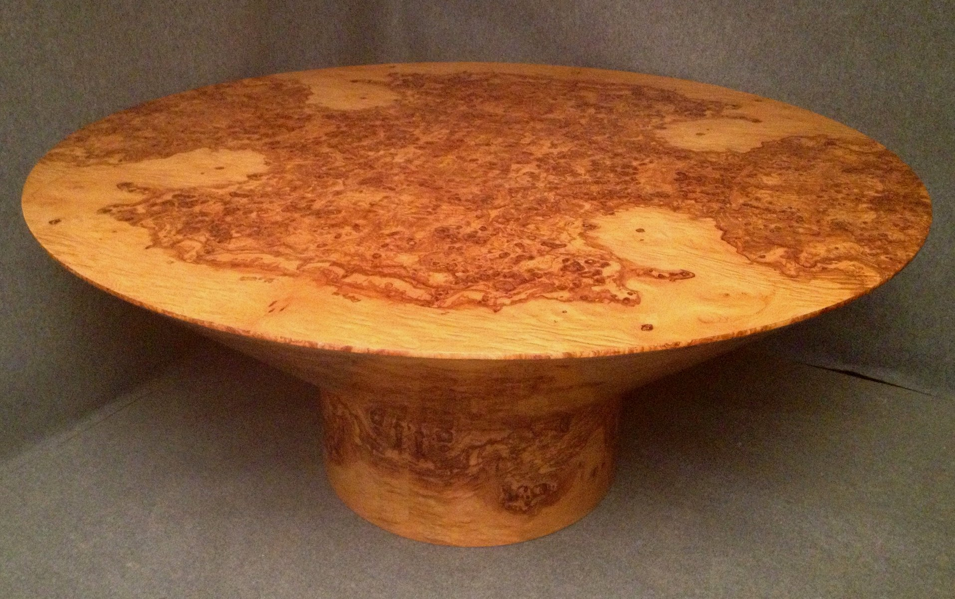 art deco round olive burl wood table 1920 for sale at pamono. Black Bedroom Furniture Sets. Home Design Ideas