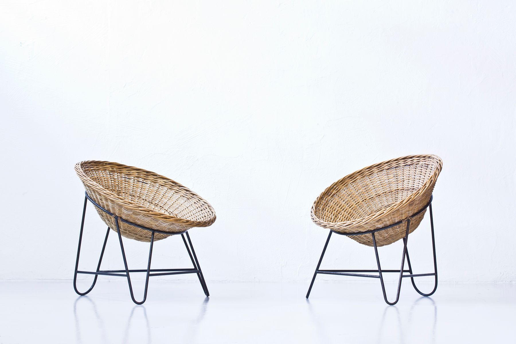 by lio armchairs fan listings chairs carminati back rattan furniture seating chair gio of pair ponti
