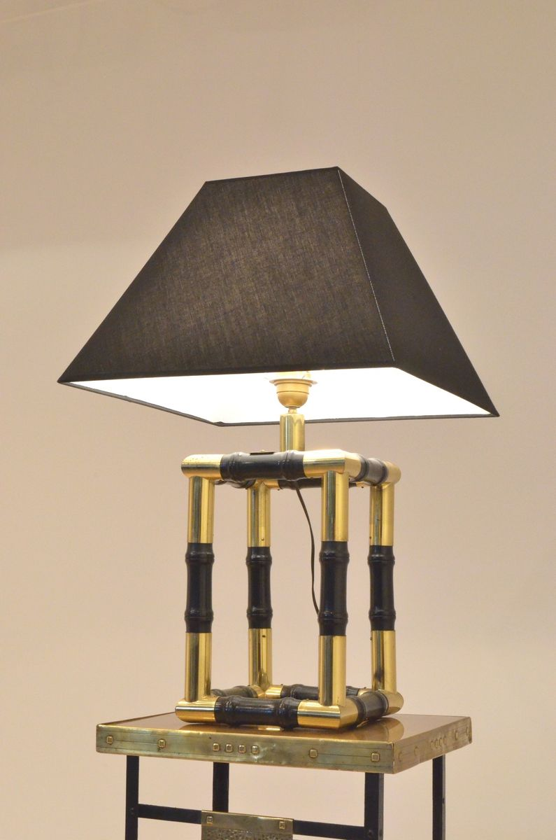 kubische lampe in bambusoptik aus messing ebonisiertem. Black Bedroom Furniture Sets. Home Design Ideas