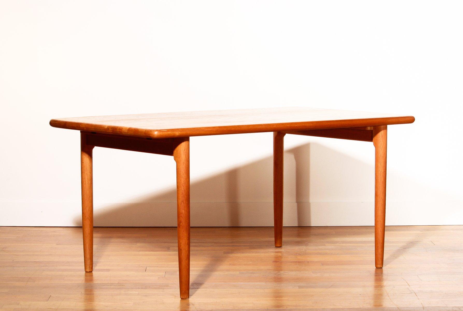d nischer eichenholz esstisch von niels otto m ller f r jl. Black Bedroom Furniture Sets. Home Design Ideas