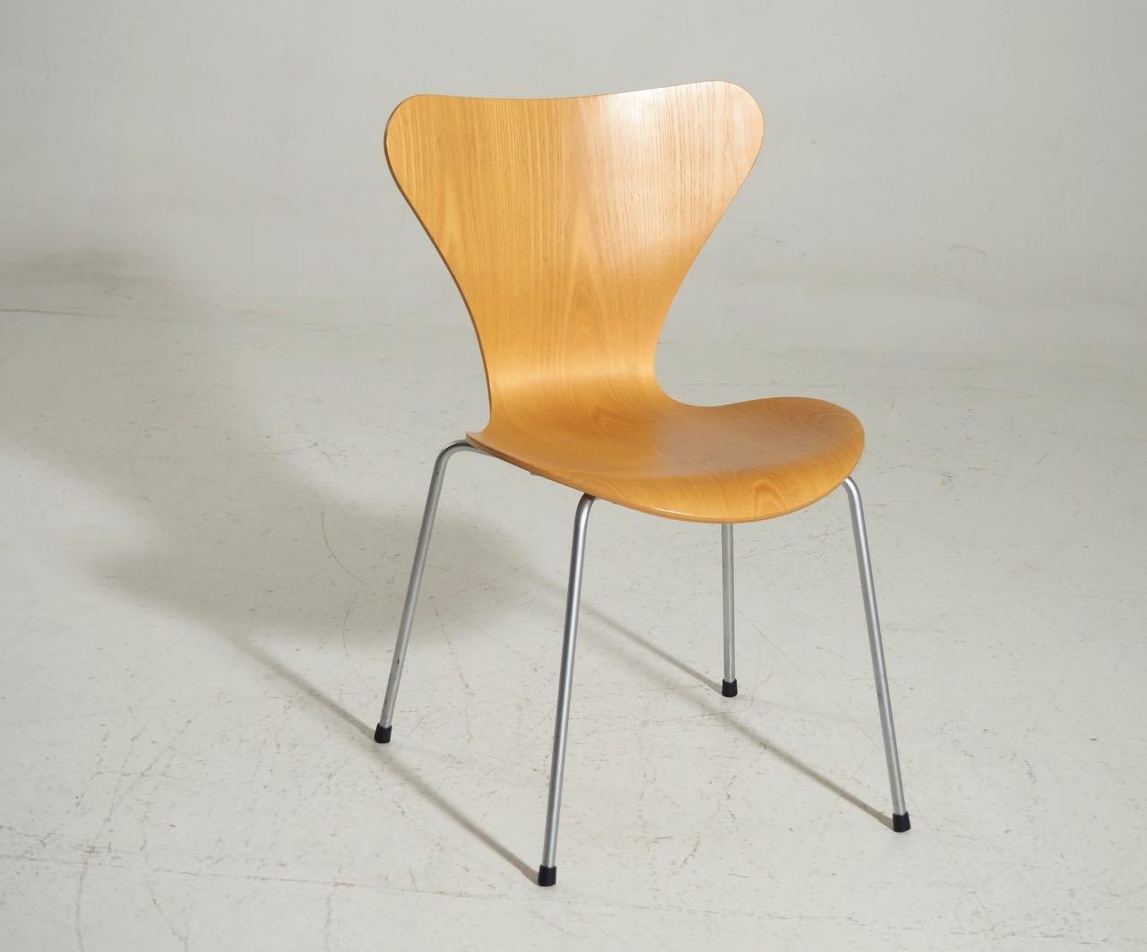 series seven st hle von arne jacobsen f r fritz hansen 8er set bei pamono kaufen. Black Bedroom Furniture Sets. Home Design Ideas