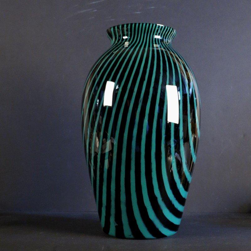gro e mid century glasvase in schwarz gr n von peill putzler bei pamono kaufen. Black Bedroom Furniture Sets. Home Design Ideas