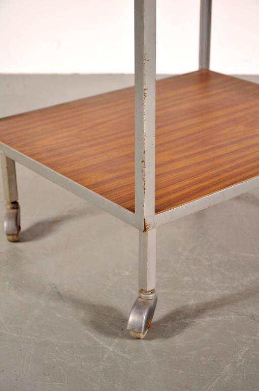 amerikanischer beistelltisch auf rollen von george nelson f r herman miller 1960er bei pamono. Black Bedroom Furniture Sets. Home Design Ideas