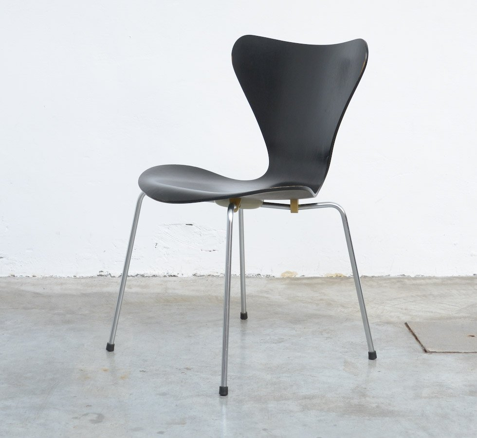3107 Series Butterfly Chair By Arne Jacobsen For Fritz Hansen, 1968 For  Sale At Pamono