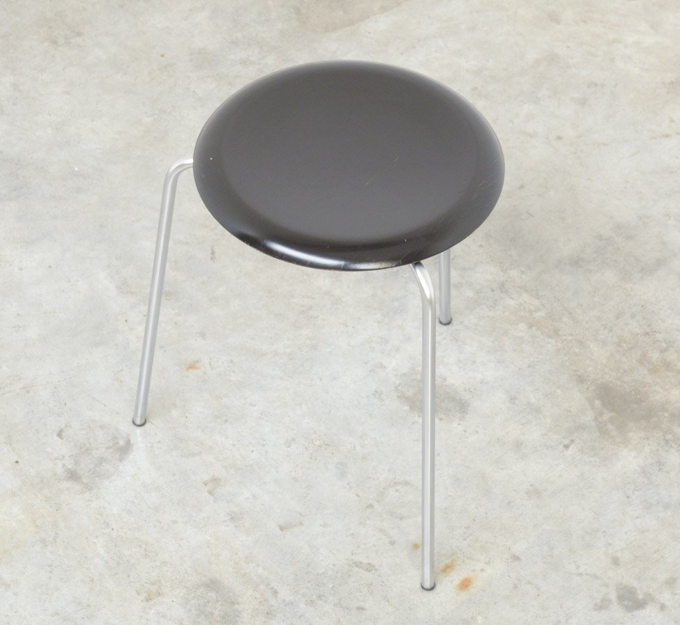 Dot Stool By Arne Jacobsen For Fritz Hansen 1964 For Sale