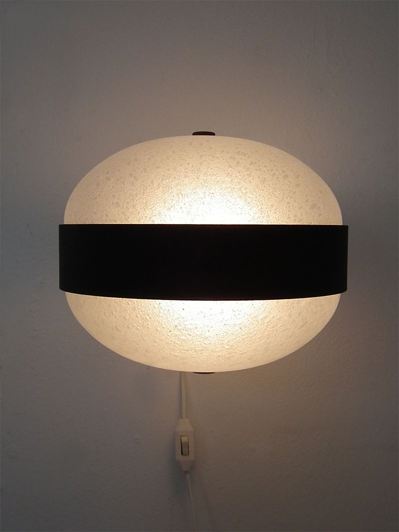 dutch glass wall light 1960s for sale at pamono. Black Bedroom Furniture Sets. Home Design Ideas