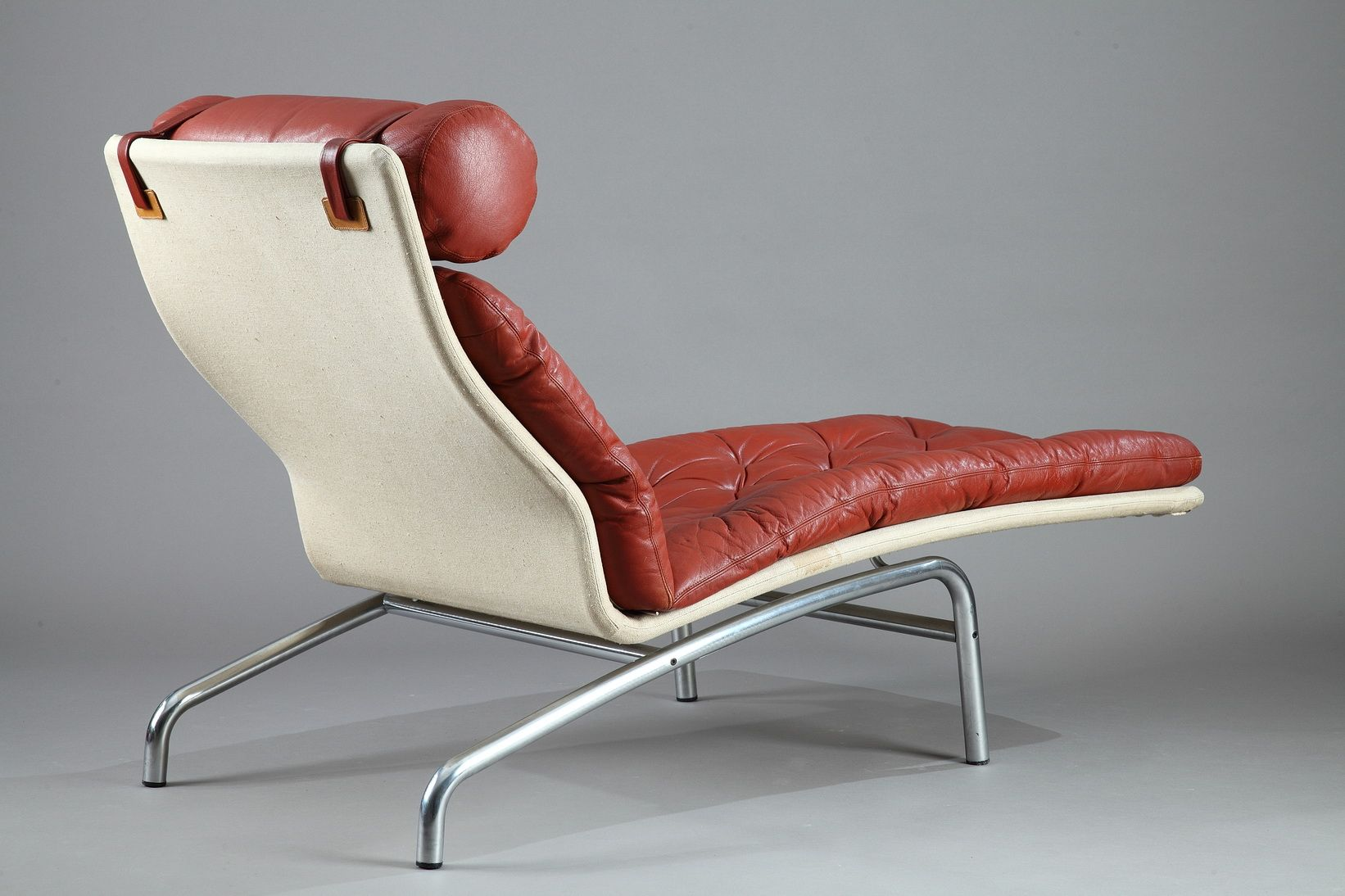 chaise longue manufacturers uk with Chaise Longue With A Mat Chromed Steel Frame And Red Leather By Arne Vodder For Erik Jorgensen 1970s 1 on Black Leather Chaise Longue By Tord Bjorklund 1970 Sweden together with Black Leather Swivel Recliner Footstool additionally Chaise Longue By Paolo Passerini For Uvet 1985 also Chaise Longue By Rob Eckhardt For Dutch Originals  herlands 1980s also Rgs Tessuto Budapest.