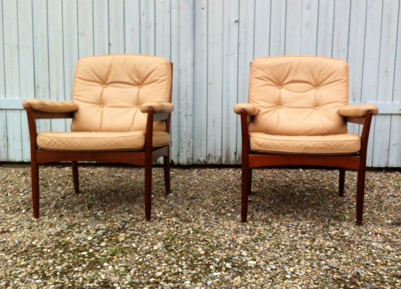 Mid Century Leather Lounge Chairs From G Möbel Sweden, 1970s, Set Of 2