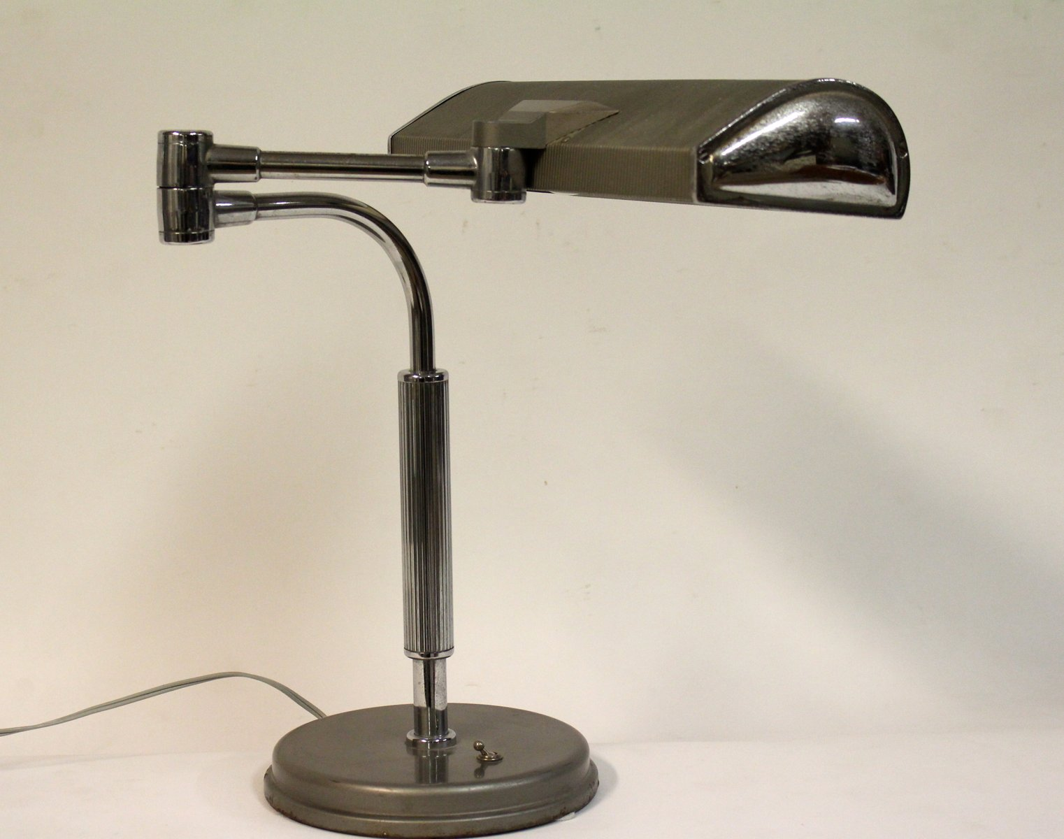 Free Table Lamp By Eileen Gray For Jumo S At Pamono With Eileen Gray Tisch