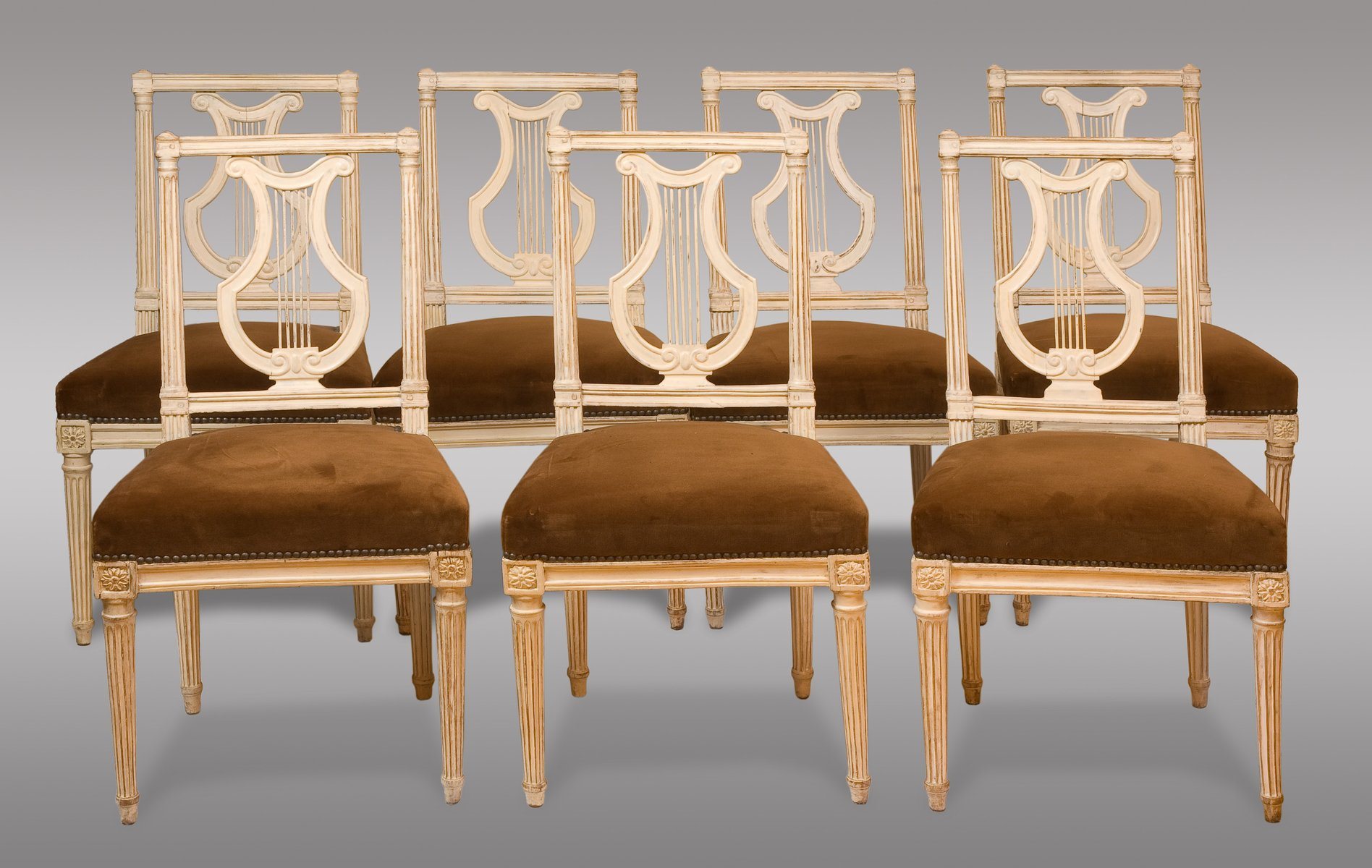 Sedie antiche Luigi XVI, fine XVII secolo, set di 8 in vendita su Pamono
