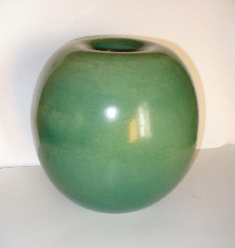 Recipiente in ceramica verde di Gio Ponti per Richard Ginori, anni ...
