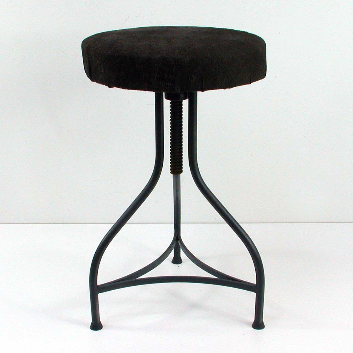 tabouret industriel avec cuir de cerf 1950s en vente sur pamono. Black Bedroom Furniture Sets. Home Design Ideas