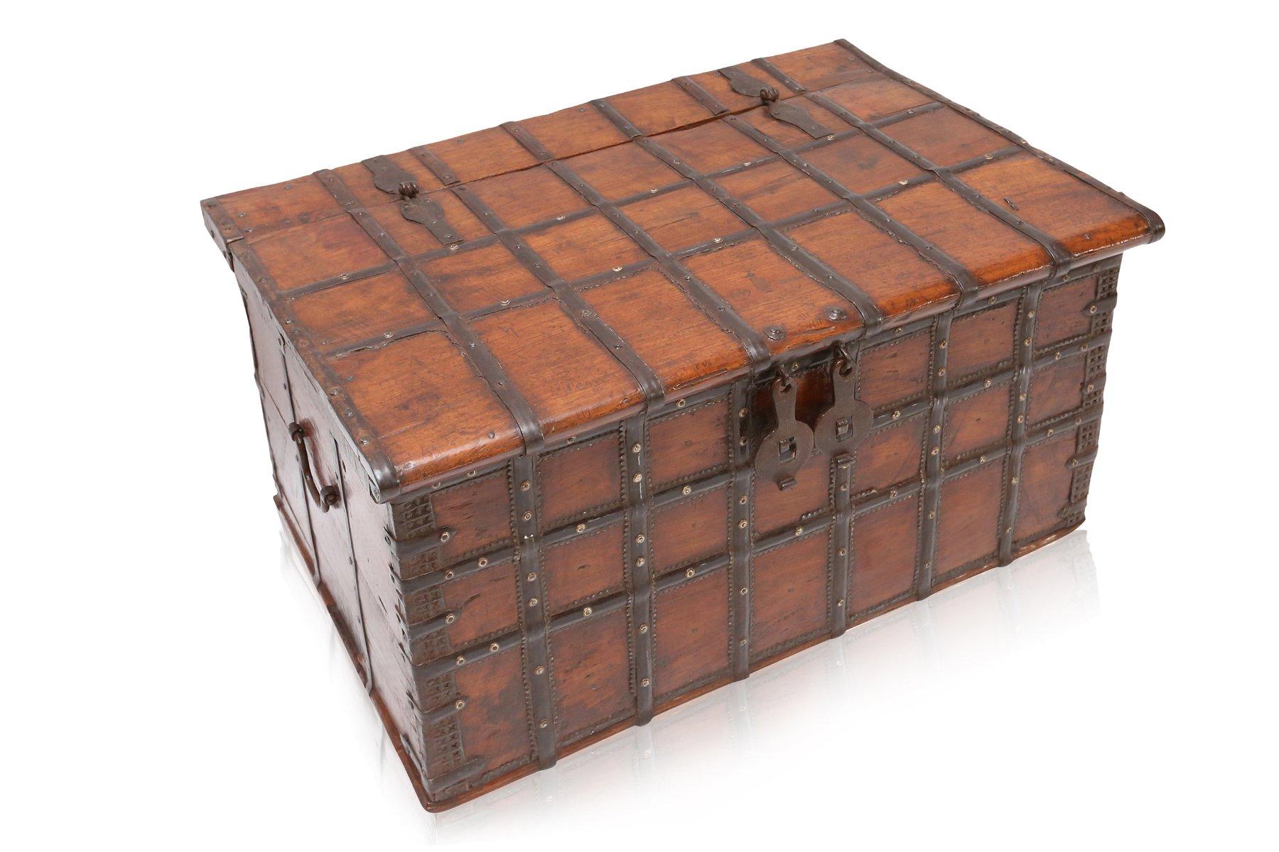 commode en bois et en m tal antique espagne en vente sur pamono. Black Bedroom Furniture Sets. Home Design Ideas